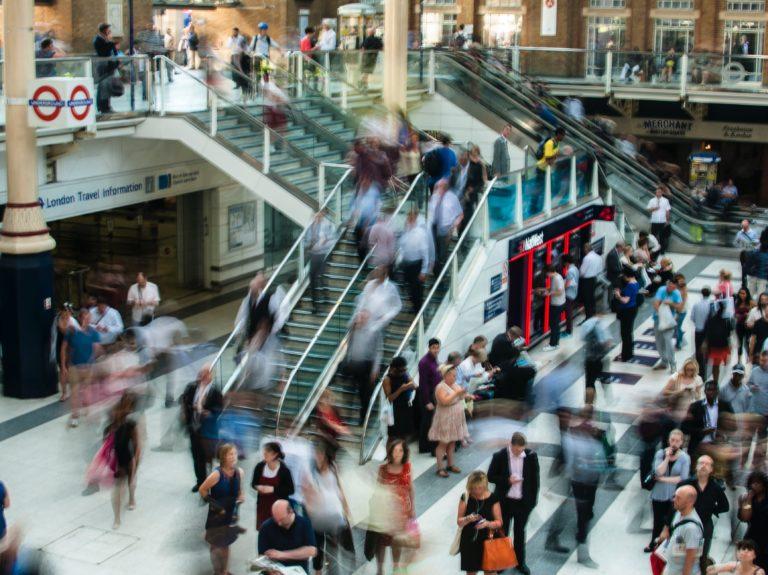 Comment la transformation digitale impacte-t-elle les comportements d'achat ?